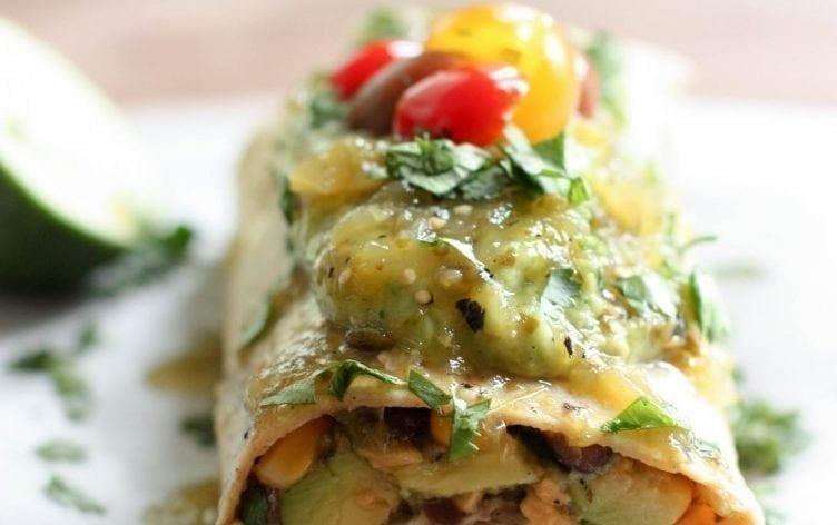 Mexican Burrito with Chicken & Avocado