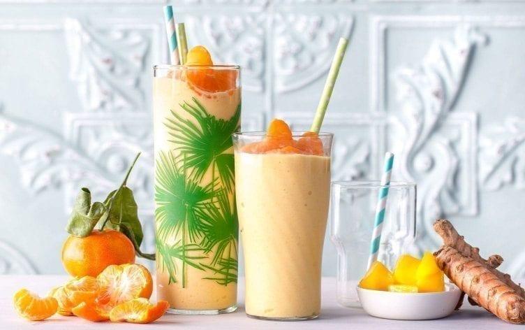 Smoothie mangue-mandarine au curcuma
